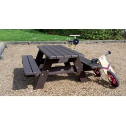 Table pique-nique pour enfants - modèle NINO en plastique 100 % recyclé - Leader Equipements