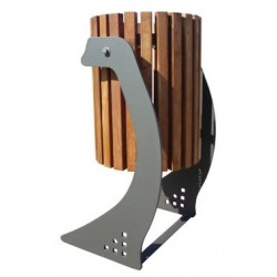 Visuel de la poubelle de ville design Soledad métal et lames bois exotique - Leader Equipements