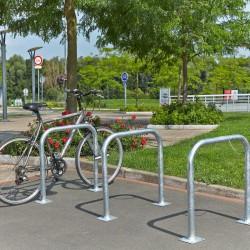 Barrières pour stationnement de vélos en acier galvanisé