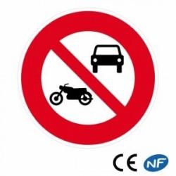 Panneau de route signalant un interdit aux véhicules à moteur (B7a)