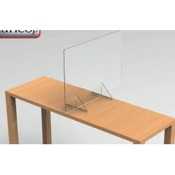Une séparation en plexiglas pour partage de bureau