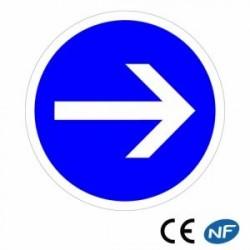 Panneau de signalisation obligation de tourner à droite B21.1