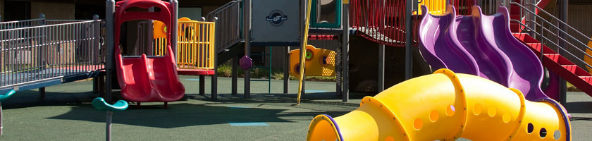 Maintenance et contrôle des aires de jeux
