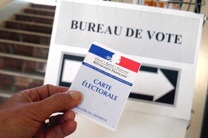 Panneaux affichages électoral pour le jour du scrutin dans les bureaux de votes - Leader Equipements